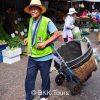 Porter service at Khlong Toey Market
